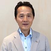 国際奉仕委員会委員長 横田 三郎